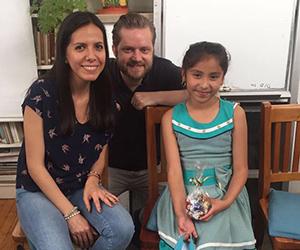 Ehepaar besucht Patenkind in Mexico